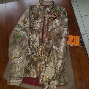 Realtree Jackets & Coats - NEW Realtree softshell full zip - SCENTBLOCK